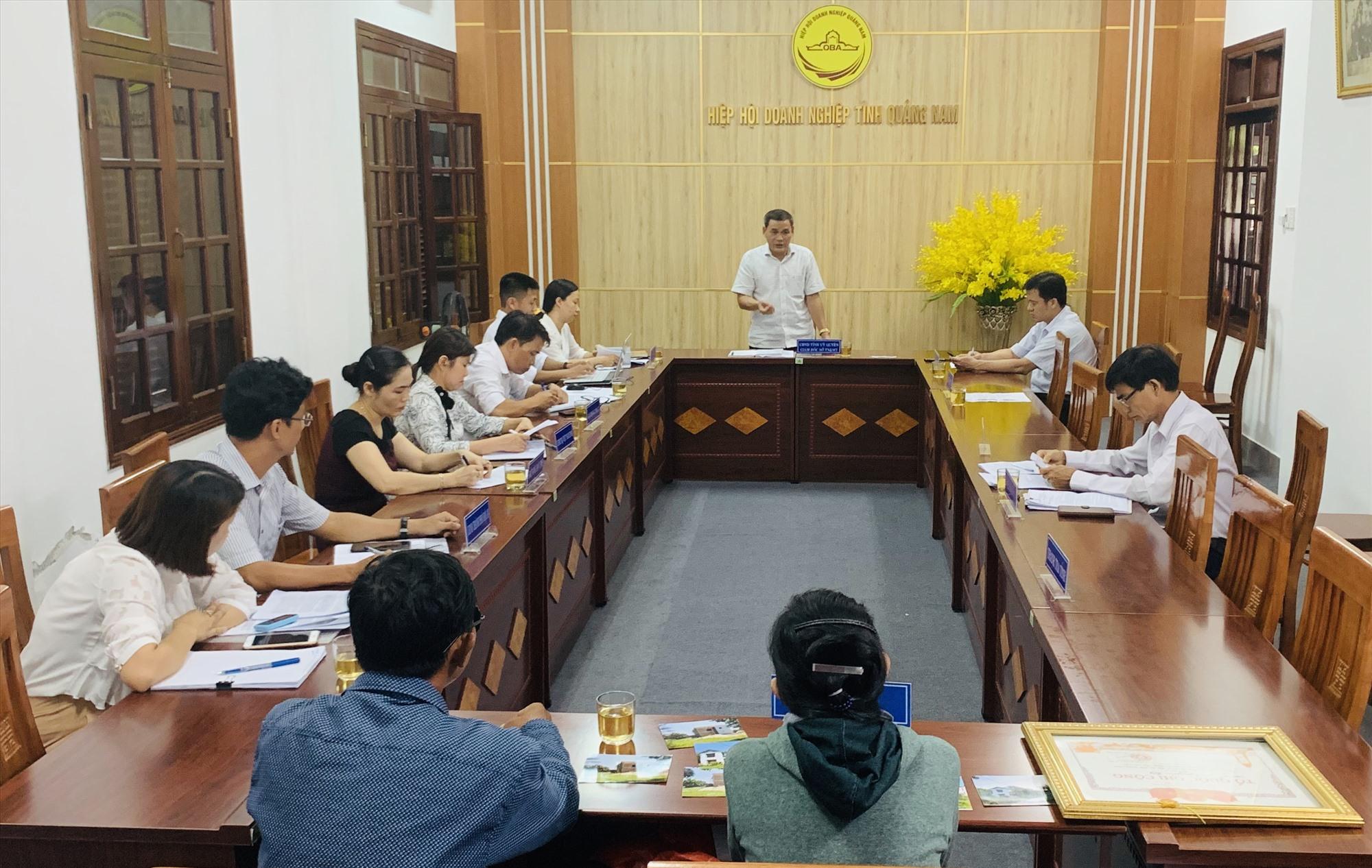 Quang cảnh buổi tiếp công nhân Võ Thị Yến. Ảnh: PHAN VINH