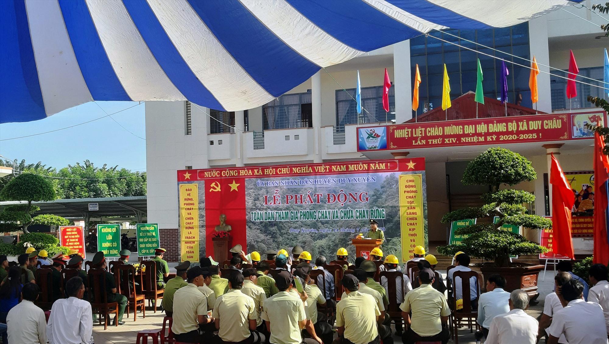 Quang cảnh lễ phát động phòng cháy, chữa cháy rừng diễn ra sáng qua 14.7 tại huyện Duy Xuyên. Ảnh: H.N
