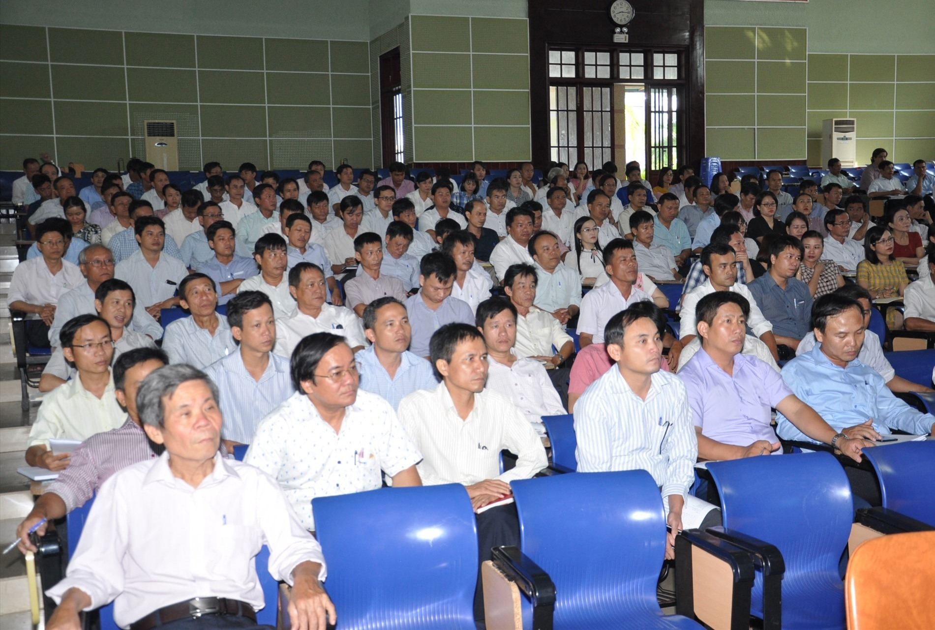 Hội nghị tập huấn nghiệp vụ thi rất quan trọng quyết định đến sự thành công của tổ chức kỳ thi. Ảnh: X.P