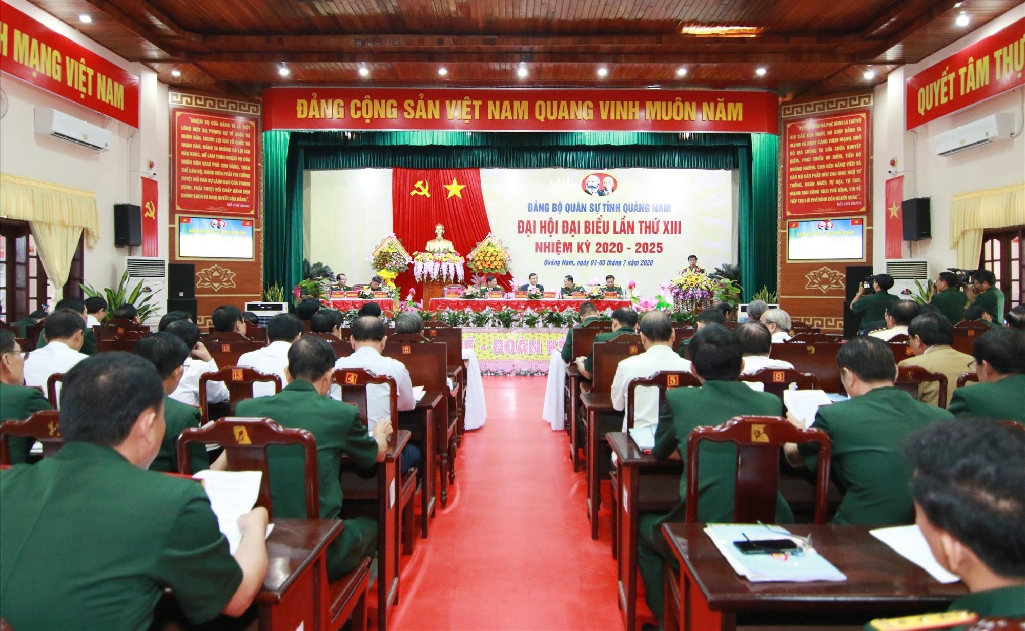 20 đại biểu đại diện cho 452 đảng viên Đảng bộ Quân sự tỉnh dự đại hội. Ảnh: T.C
