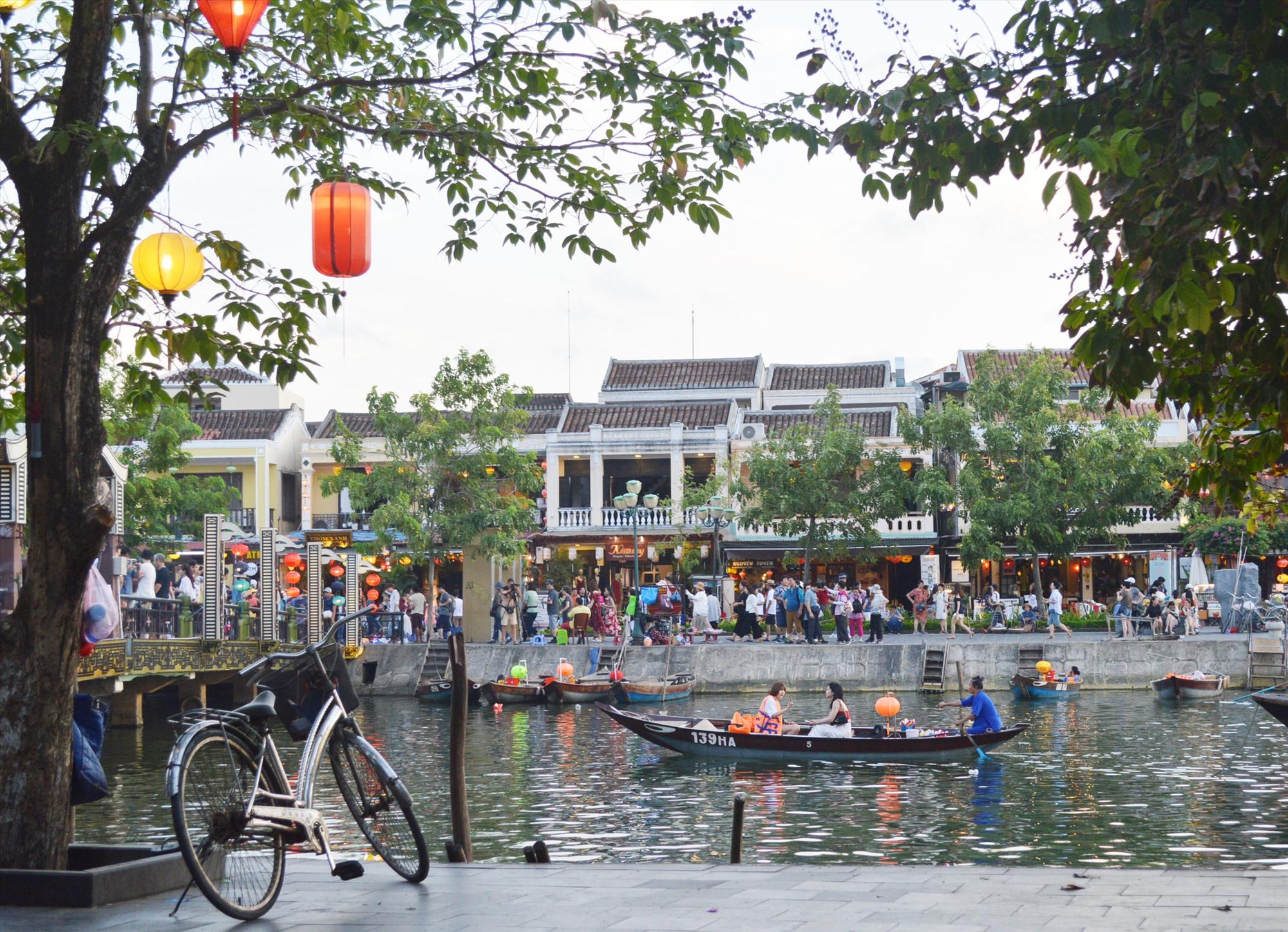 Du lịch Quảng Nam cần thay đổi cách tiếp cận theo hướng bền vững hơn. Ảnh: V.LỘC