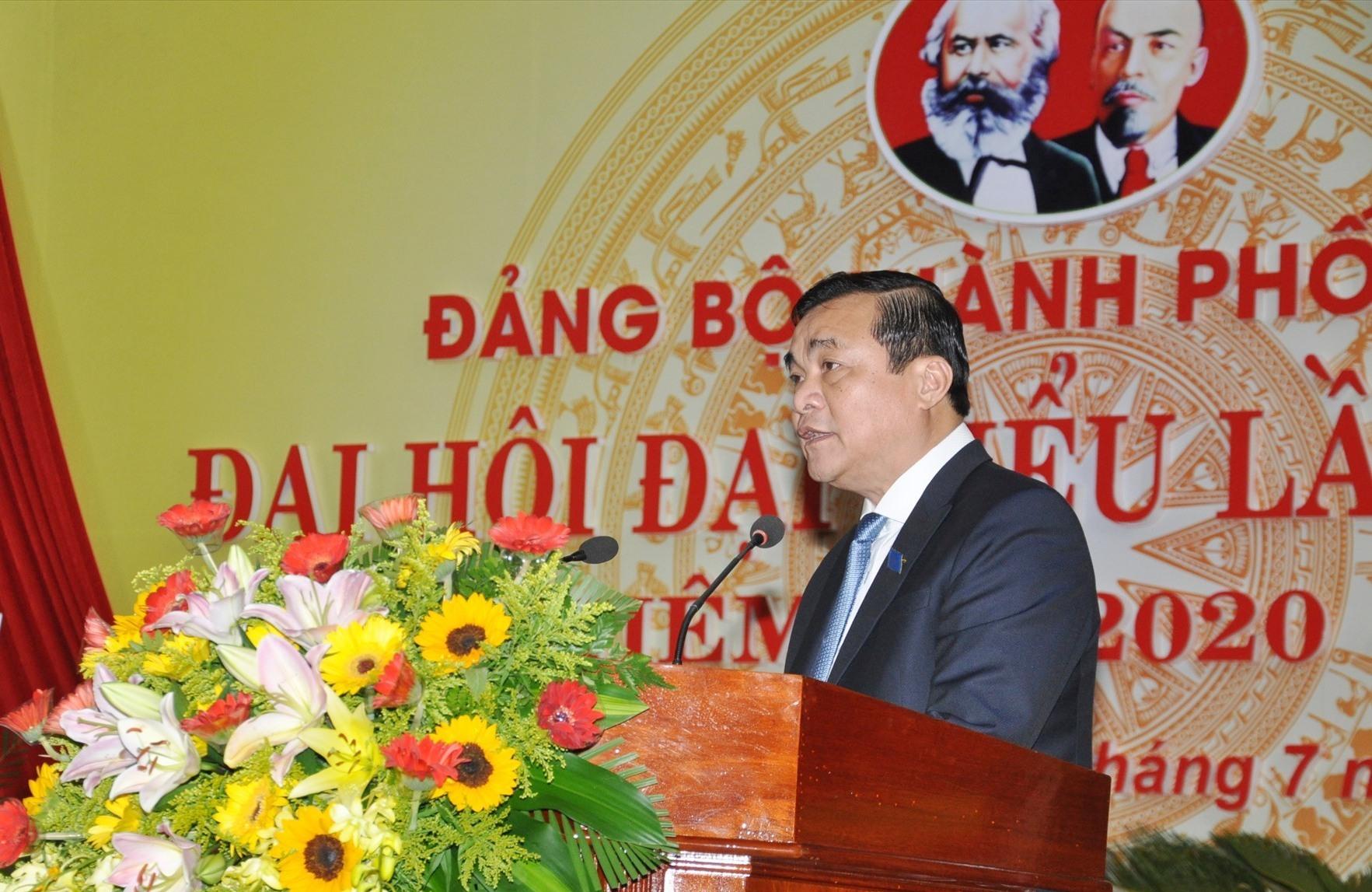Bí thư Tỉnh ủy Phan Việt Cường phát biểu chỉ đạo đại hội. Ảnh:X.P