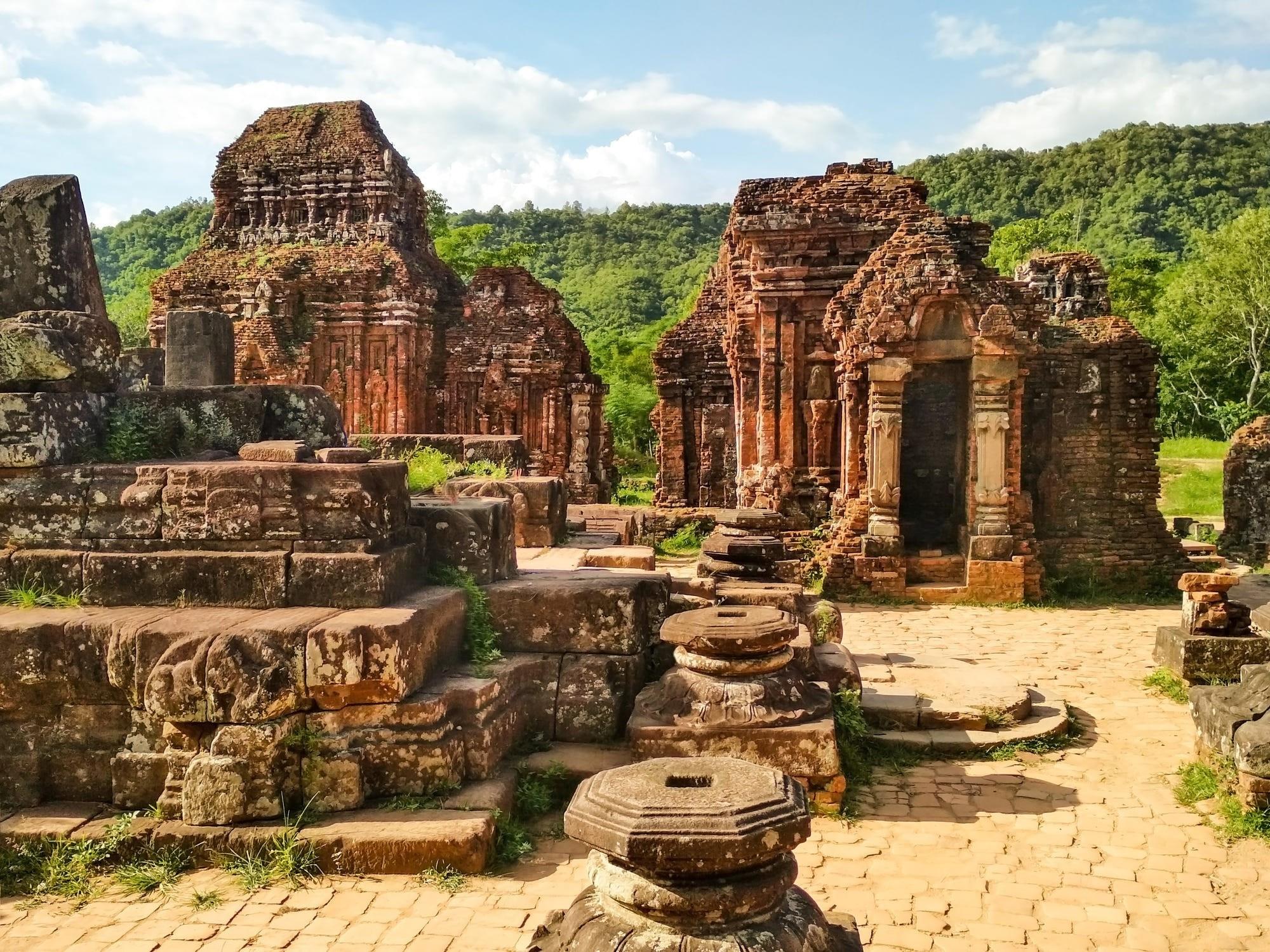 The remains of a stone temple. Photo: Lenka Rakova