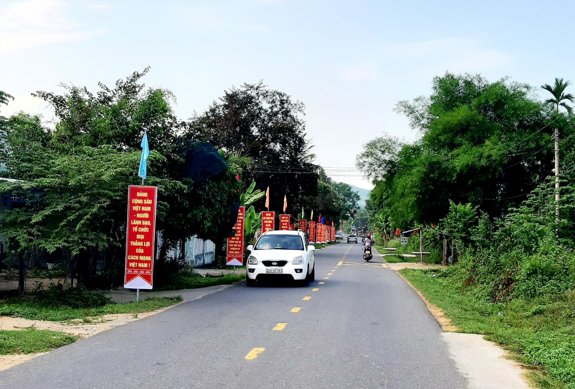 Diện mạo nông thôn xã Quế An (Quế Sơn) ngày càng khởi sắc. Ảnh: VĂN SỰ