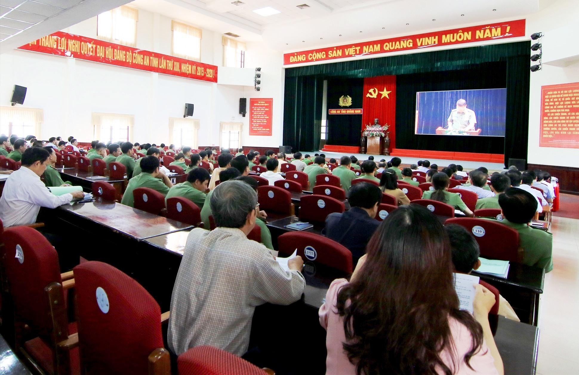 Các đại biểu tham dự hội nghị trực tuyến. Ảnh: T.C