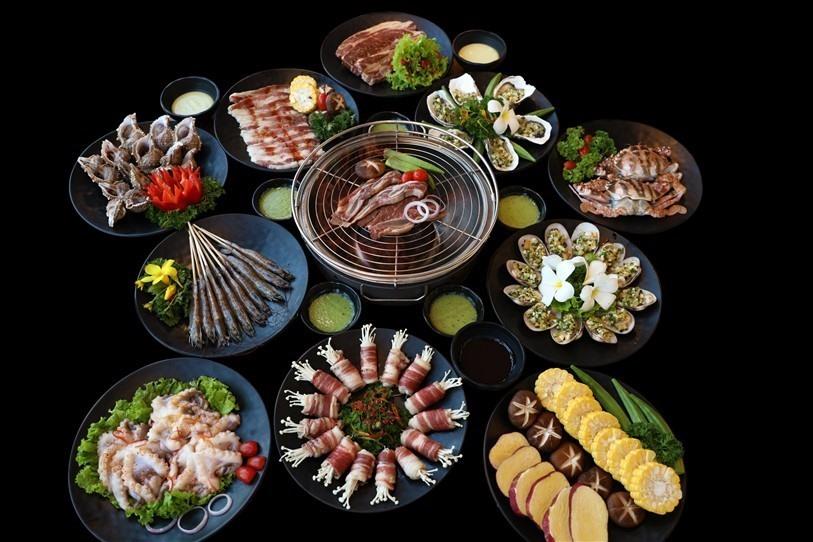 Điểm hẹn ẩm thực quốc tế đặc sắc với giá ưu đãi và thức uống miễn phí tại Công viên Châu Á. Ảnh NTB