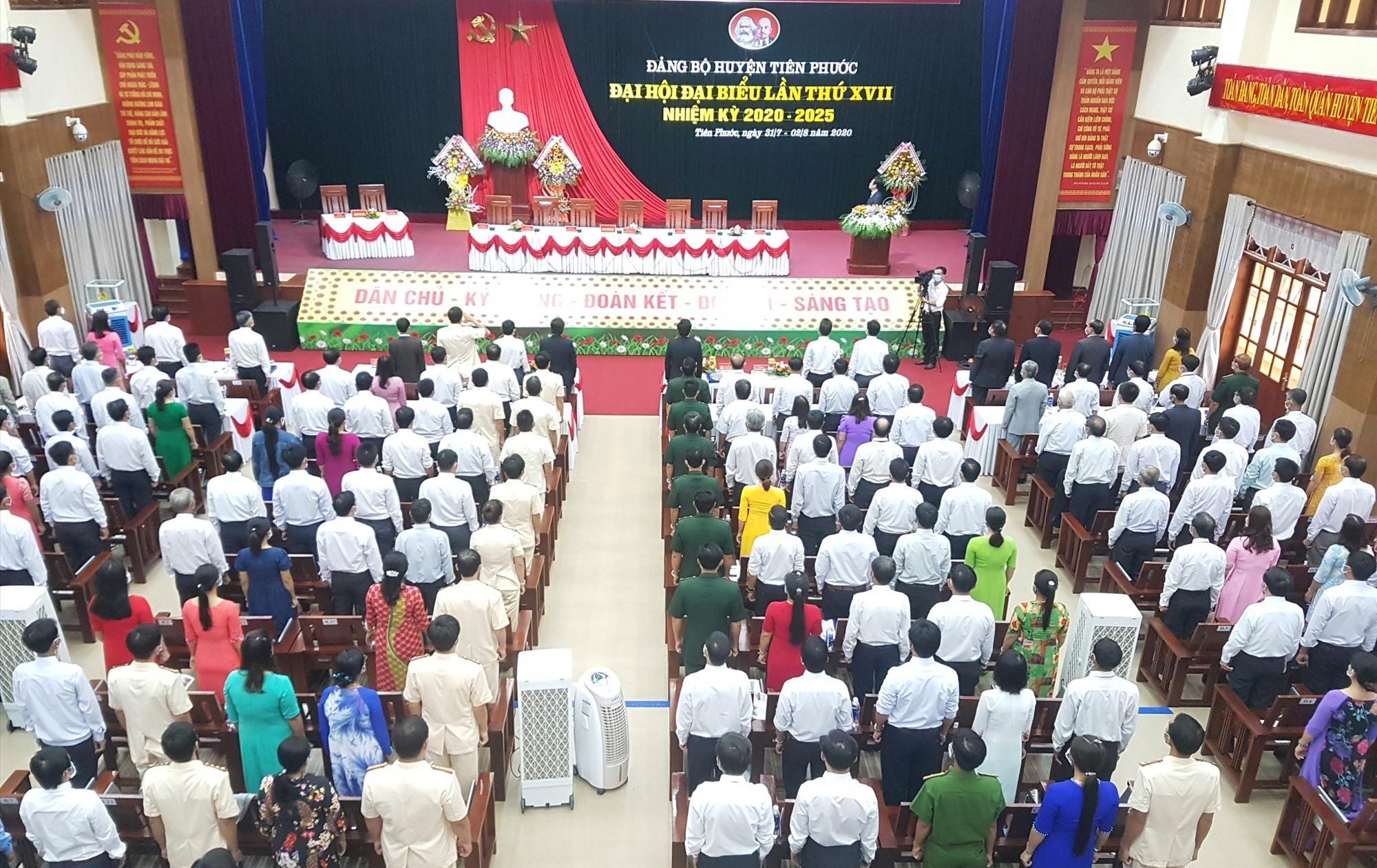 Khai mạc Đại hội đại biểu Đảng bộ huyện Tiên Phước vào sáng nay 1.8. Ảnh: D.L
