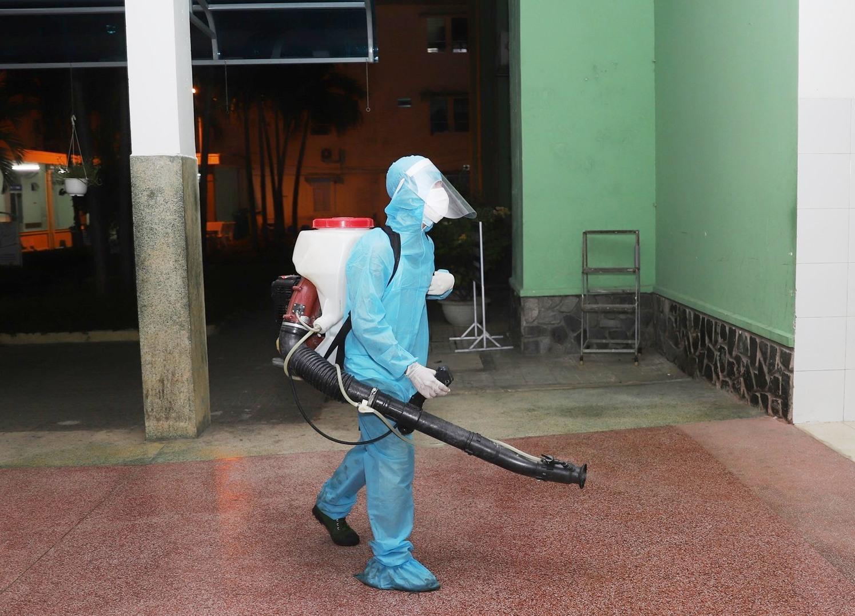 Quảng Nam đề nghị hỗ trợ phun hóa chất trên diện rộng. Ảnh: T.C