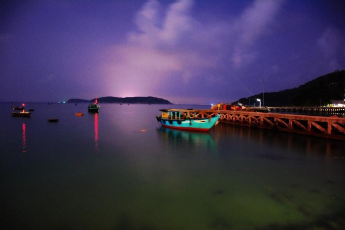 A wharf in Cham Islands early in the evening