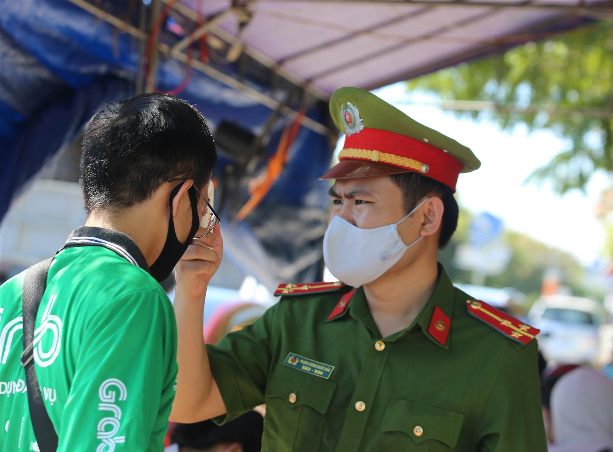 Từ nay đến ngày 5.9, Quảng Nam sẽ tăng cường kiểm soát đối với người về từ vùng dịch để đảm bảo an toàn cho kỳ thi tốt nghiệp THPT đợt 2 sắp diễn ra.