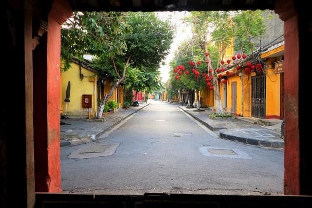 A street in Hoi An ancient town. Photo: dantri.com.vn