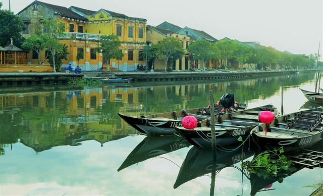 Hoai river in Hoi An city. Photo: dantri.com.vn