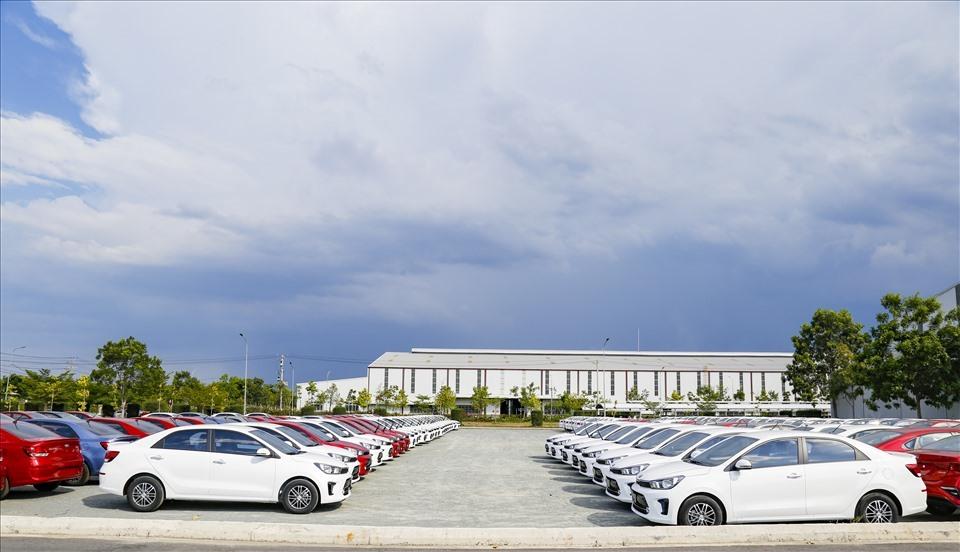 Kia Soluto cars at THACO Kia factory in Quang Nam's Thaco-Chu Lai Industrial Park (laodong.vn)