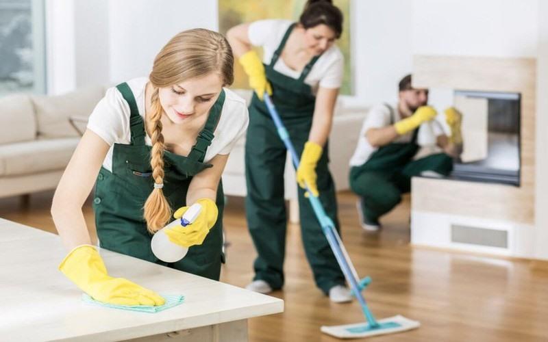 Vệ sinh thông thoáng nhà cửa, lau rửa các bề mặt hay tiếp xúc.
