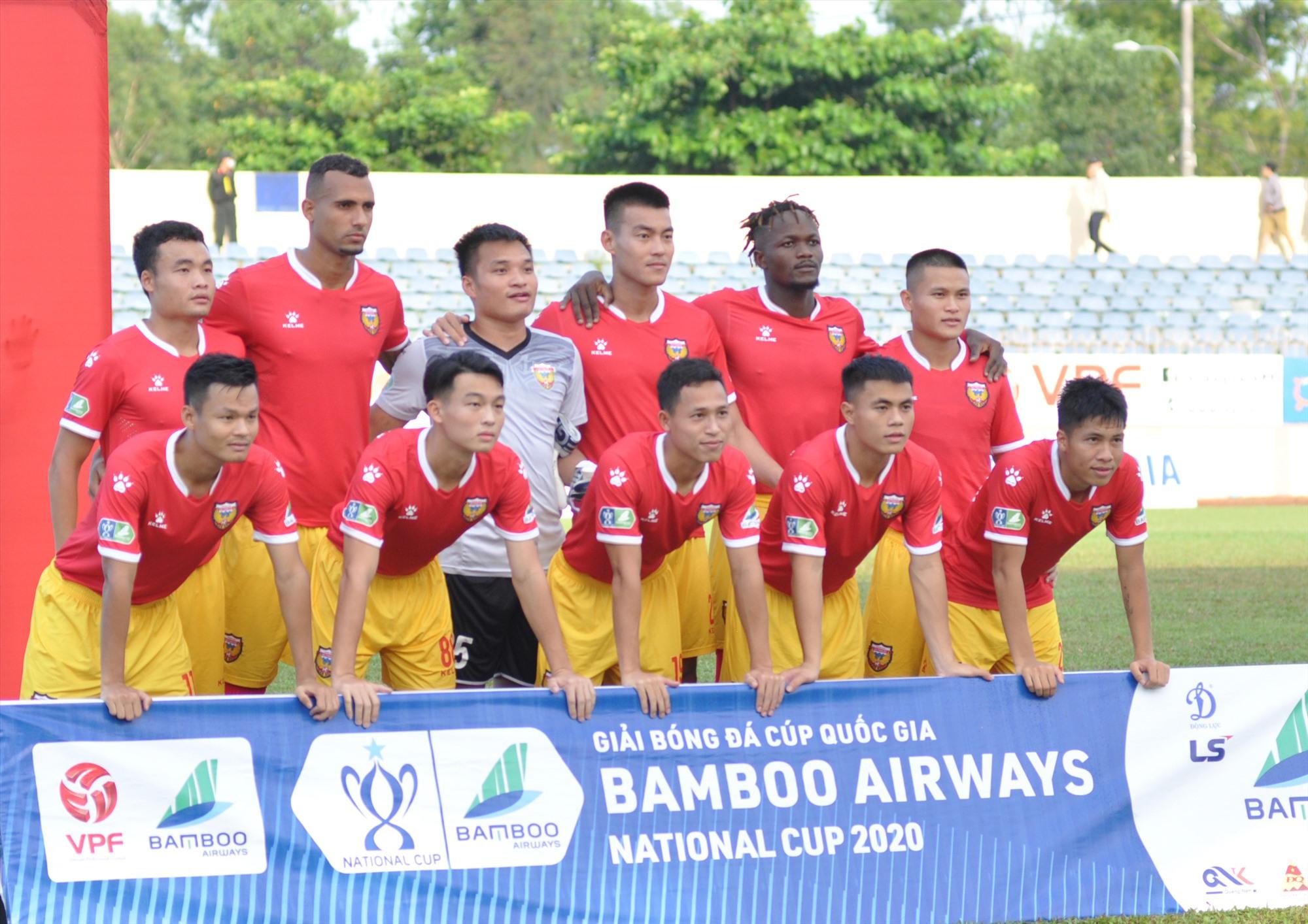 Cúp quốc gia trở lại cuối tuần này và Hồng Lĩnh Hà Tĩnh (ảnh) sẽ đón tiếp Than Quảng Ninh. Ảnh: A.S