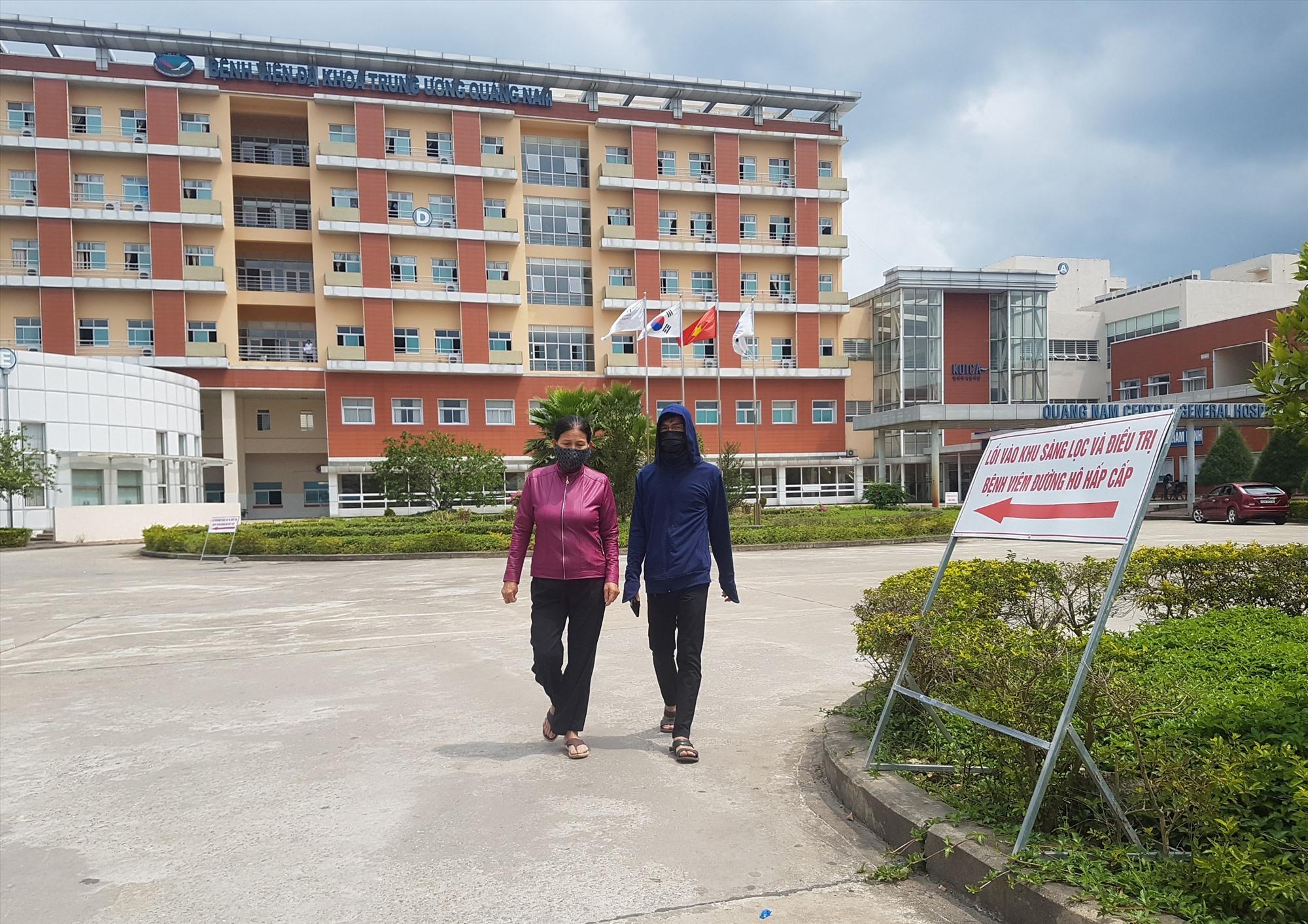 Từ ngày 15.9, Bệnh viện Đa khoa Trung ương Quảng Nam tái hoạt động khám bệnh ngoại trú toàn viện. Ảnh: Đ.L