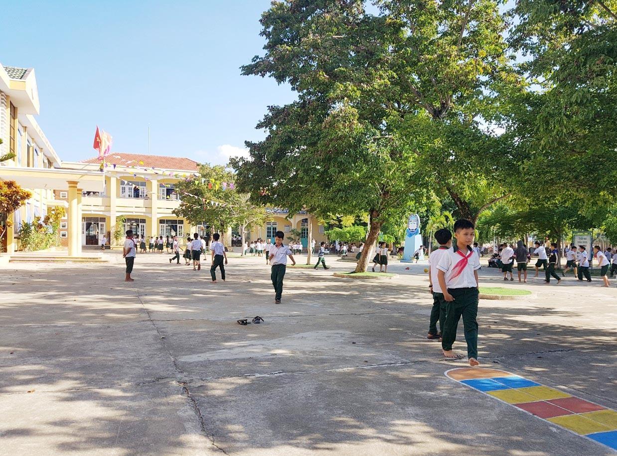 """Mô hình """"Trường học thân thiện"""" đang được đẩy mạnh triển khai ở Núi Thành. Ảnh: C.V"""