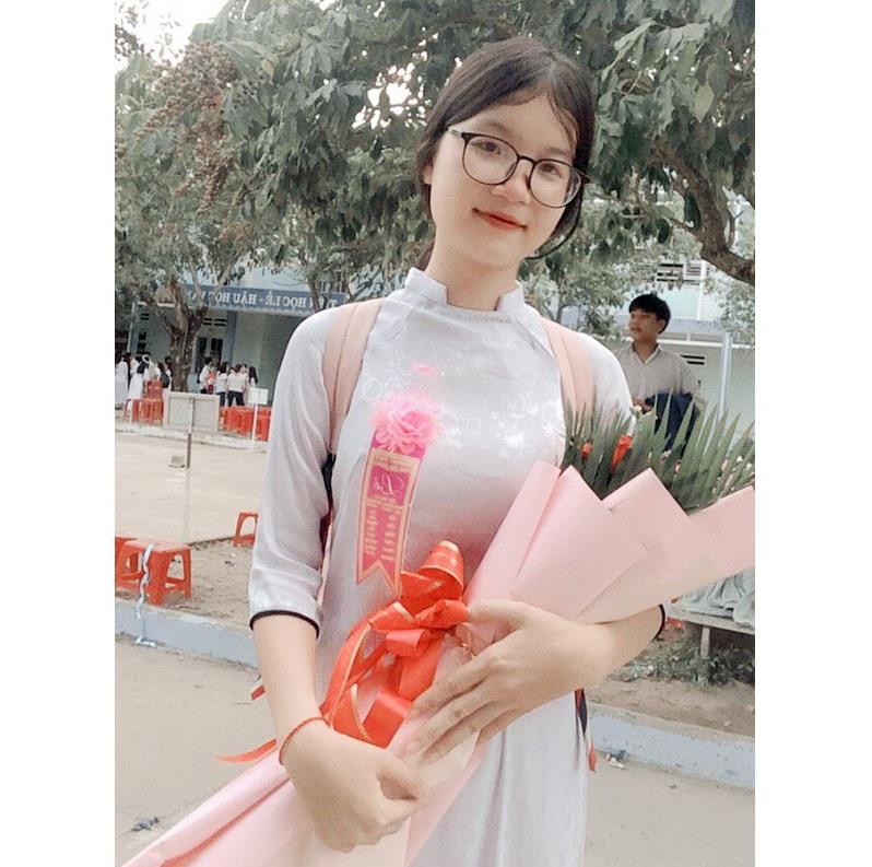Nữ sinh Bùi Thị Xuân Nương -ảnh do nhân vật cung cấp.