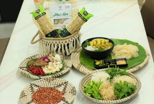 Caromi company is introducing cassava noodles to domestic and international consumers.