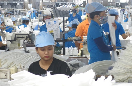 Workers in Quang Nam