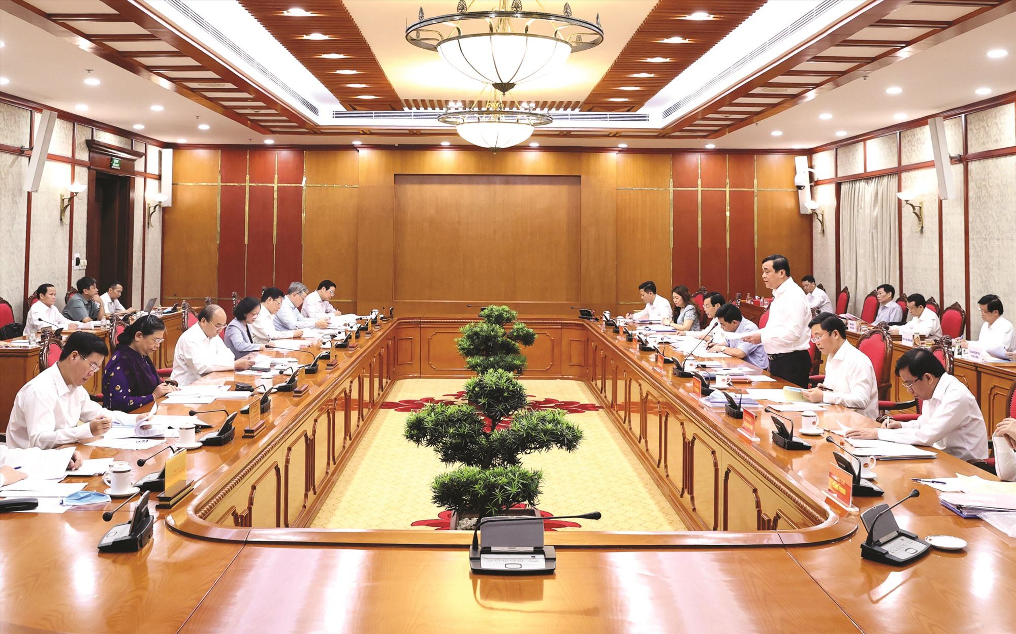 Quang cảnh buổi làm việc của Bộ Chính trị, Ban Bí thư với Ban Thường vụ Tỉnh ủy Quảng Nam về công tác chuẩn bị Đại hội đại biểu Đảng bộ tỉnh nhiệm kỳ 2020 - 2025.