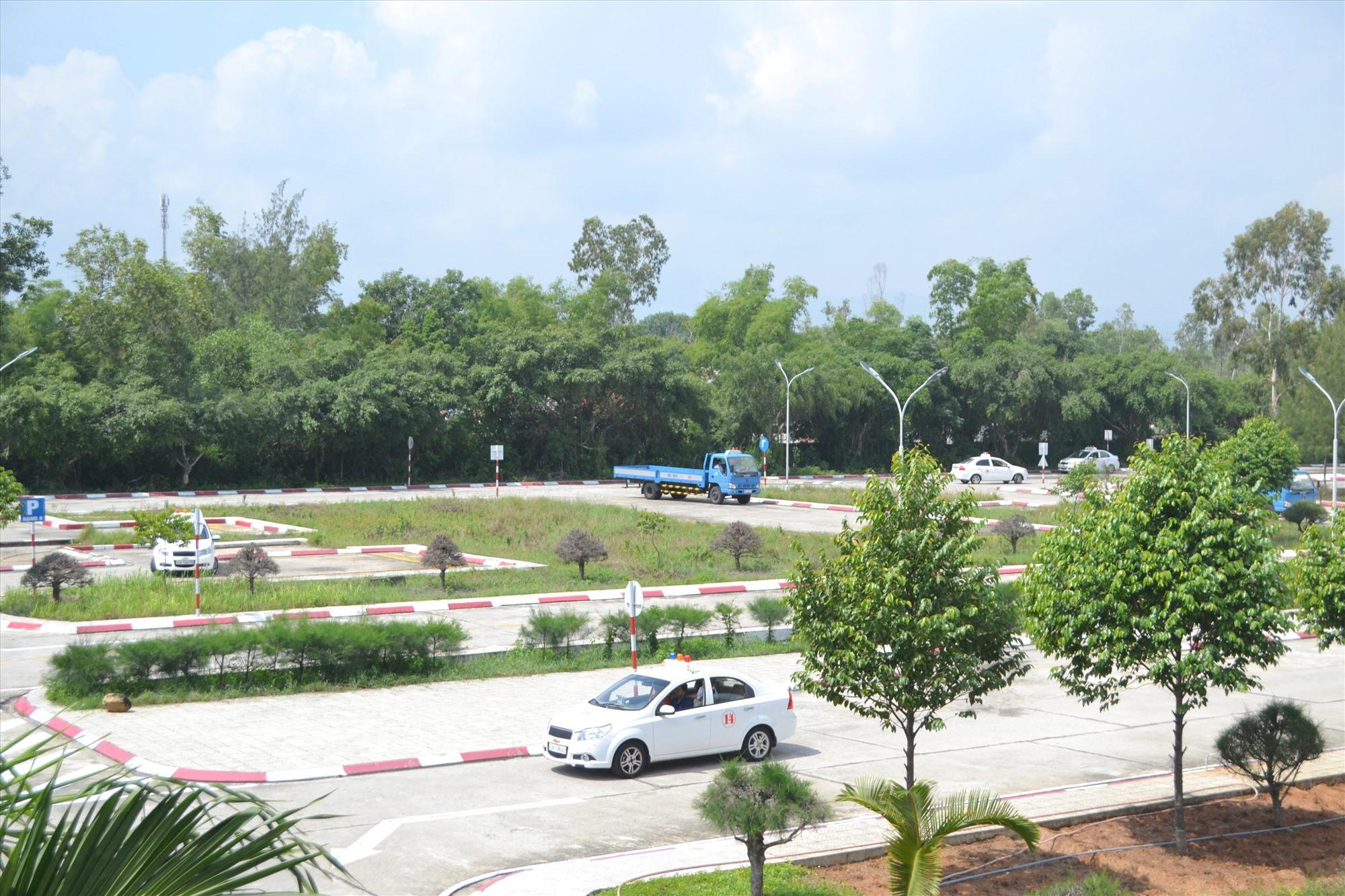 Sở GTVT cho phép Trung tâm SHLX Quảng Nam (trực thuộc Công ty CP Minh Sơn Quảng Nam) được hoạt động trở lại. Ảnh : CT