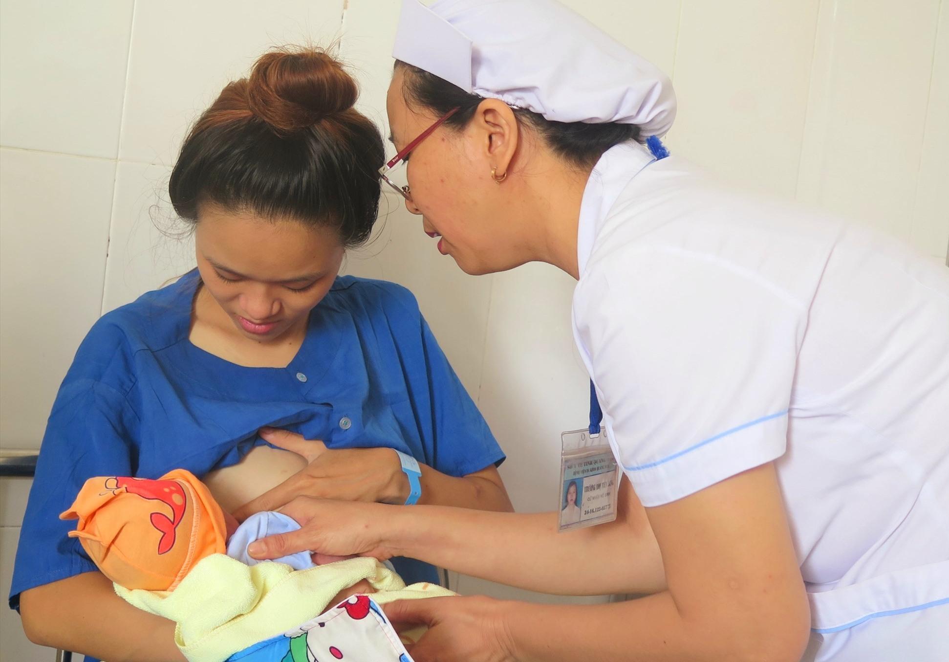 Chăm sóc sức khỏe sinh sản được tập trung trong thời gian qua. Ảnh: X.H