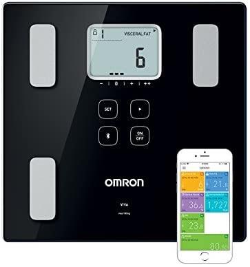 Hệ thống theo dõi y tế từ xa cho bệnh cao huyết áp với thiết bị y tế Omron của Nhật Bản. Ảnh: