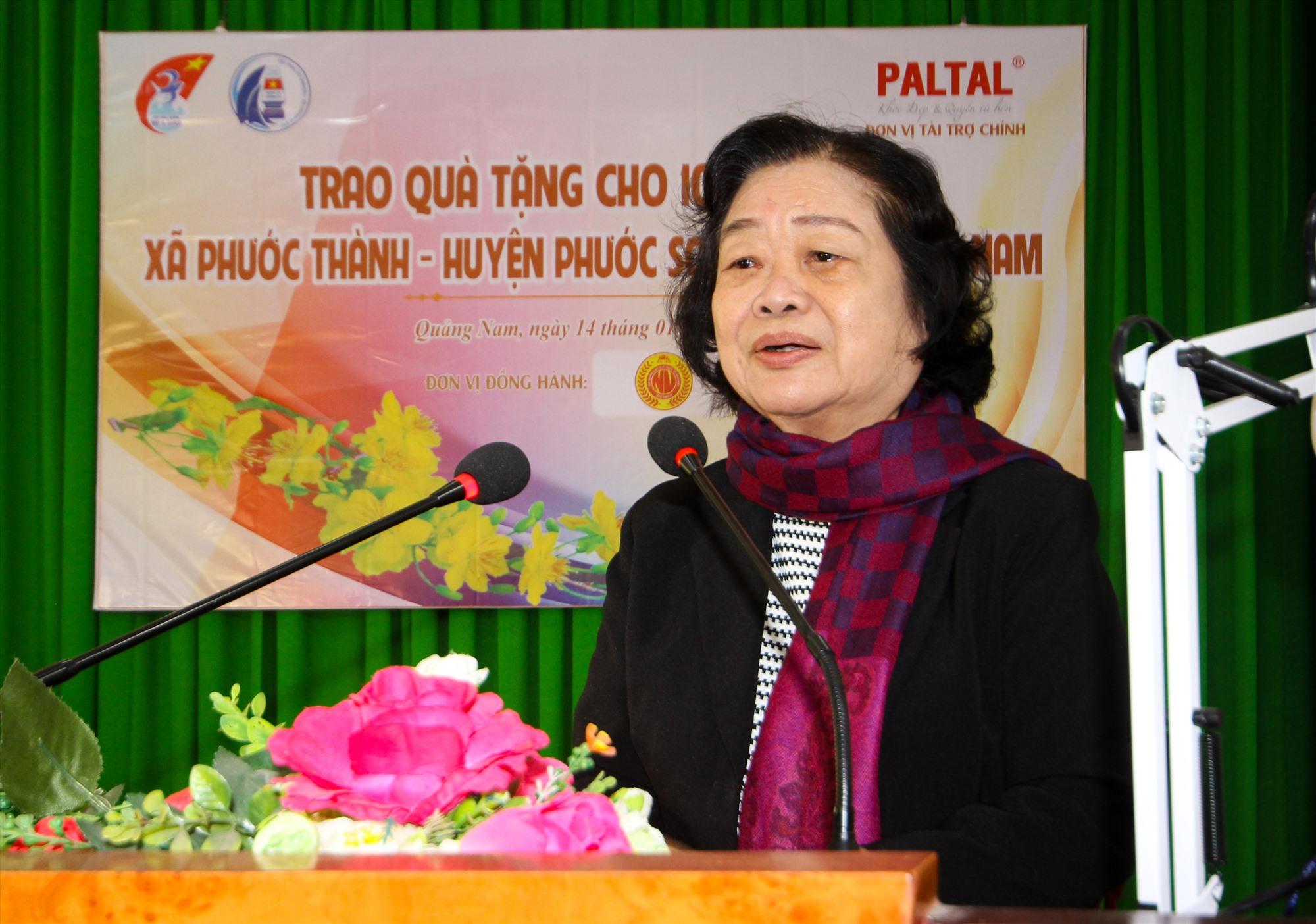 Bà Trương Mỹ Hoa gửi lời chia sẻ, mong muốn người dân sẽ sớm ổn định đời sống, đón một cái Tết đỡ vất vả hơn. Ảnh: T.C
