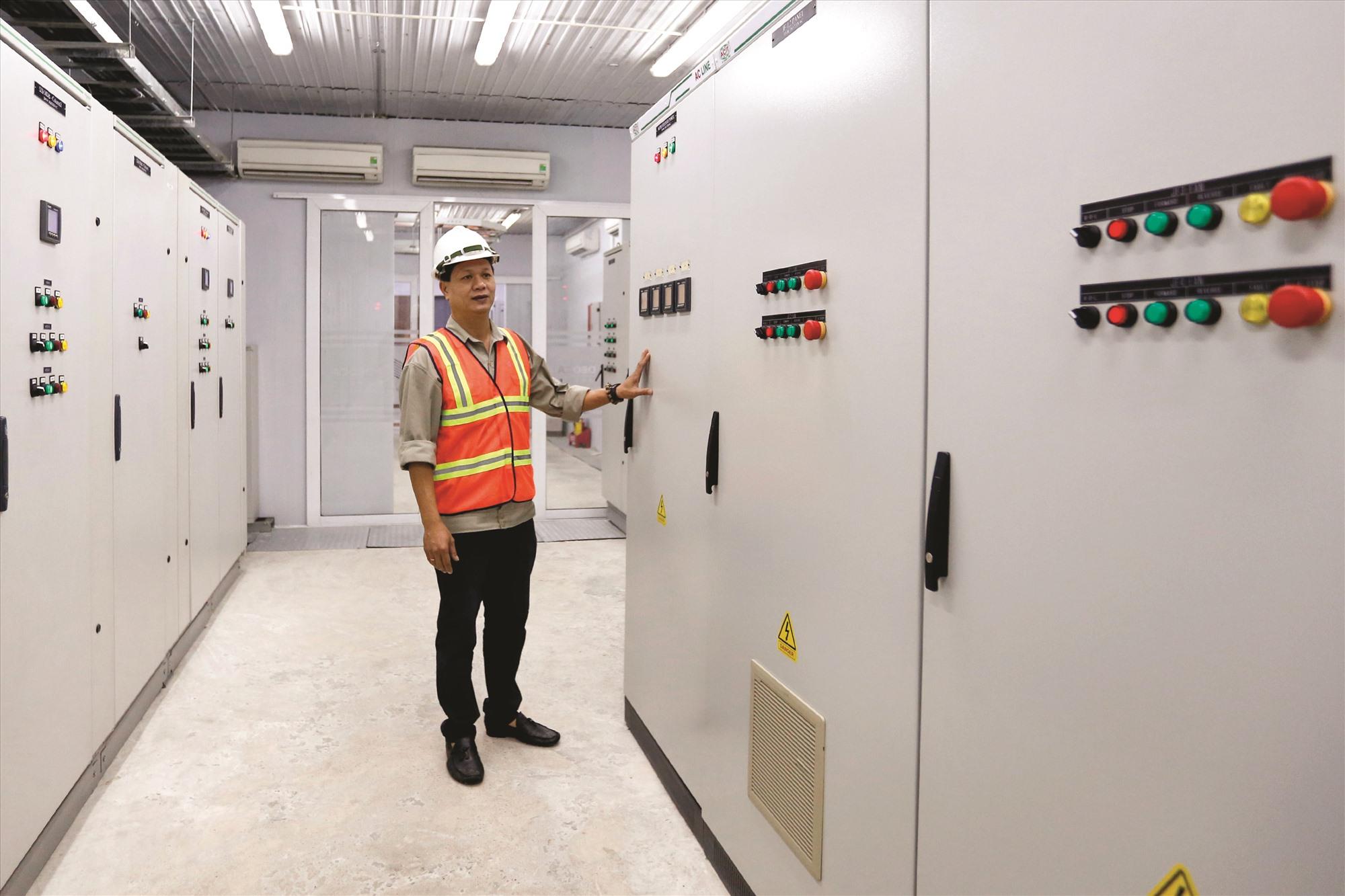 Hệ thống điện, dữ liệu camera được đặt trong một khu nhà ngay trong hầm Hải Vân 2.