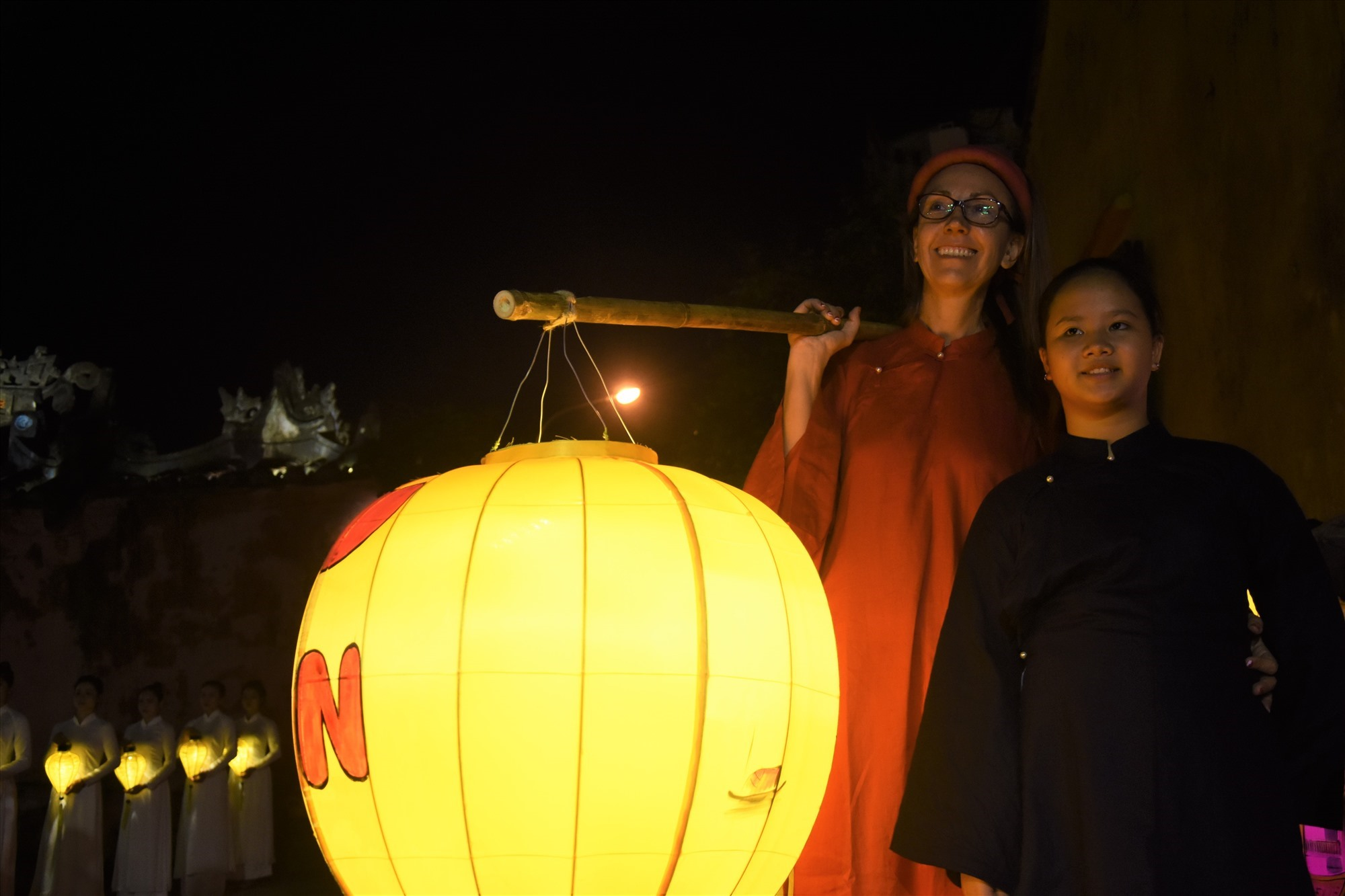 Welcoming visitors to Hoi An