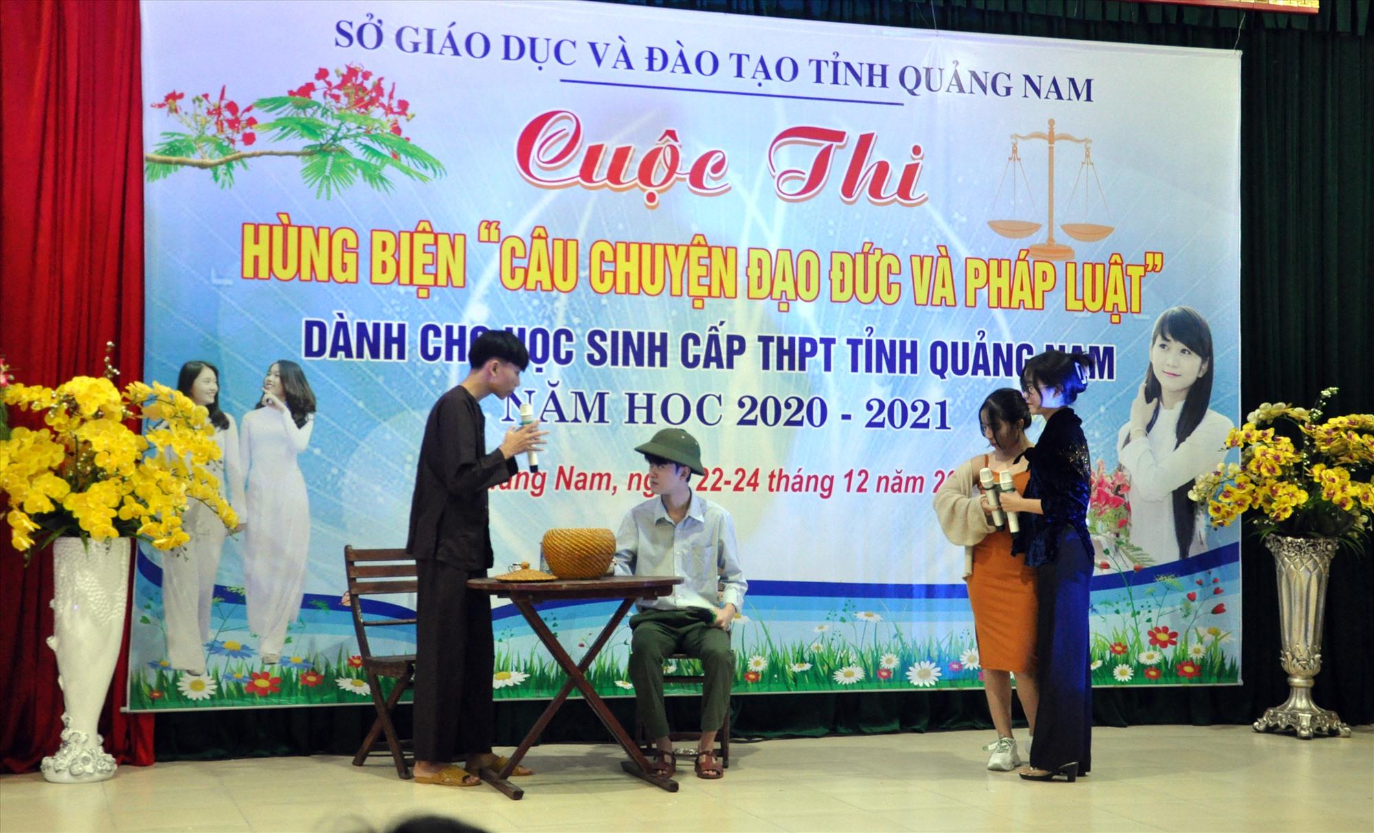 Ngành GD-ĐT đã tổ chức nhiều hoạt động thiết thực, giúp học sinh phát triển kỹ năng và áp dụng các kiến thức đã học vào đời sống. Ảnh: T.VY