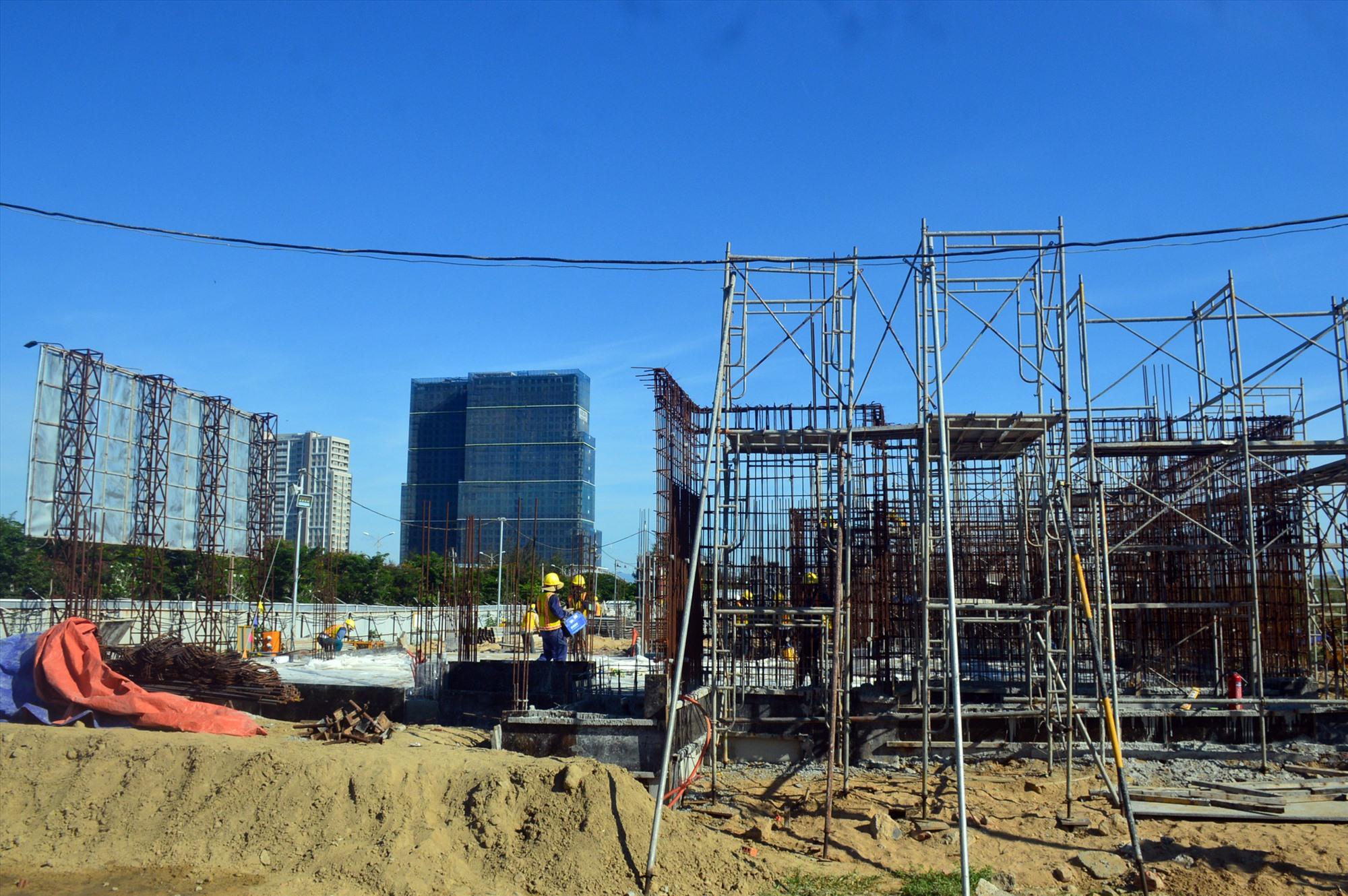 Điện Bàn cần nỗ lực hoàn thiện hạ tầng khung ở vùng đông thị xã. Ảnh: Q.T