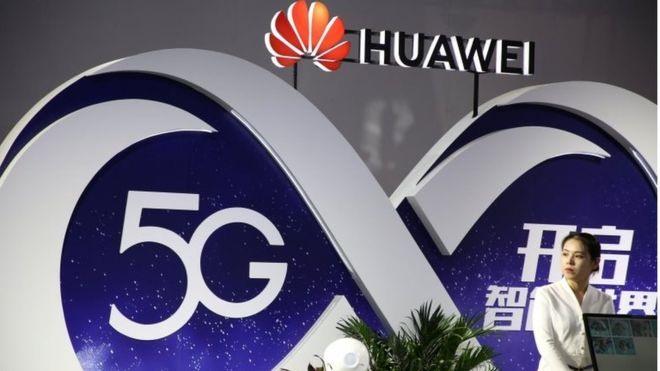 Huawei dự định tính phí 2,5 USD trên mỗi smartphone sử dụng công nghệ 5G do hãng giữ bản quyền sáng chế. Ảnh: EABW News