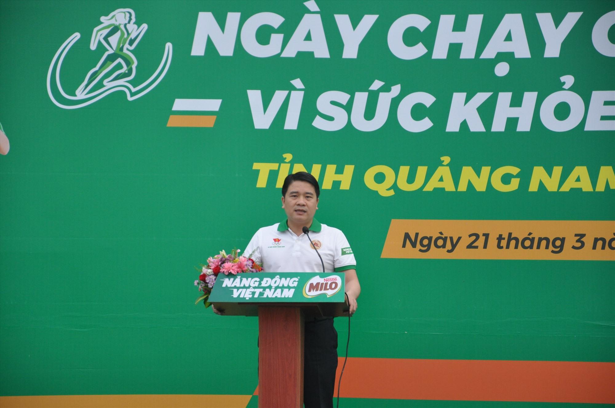 Phó Chủ tịch UBND tỉnh Trần Văn Tân phát biểu tại buổi lễ nhấn mạnh đến tầm quan trọng của tập luyện TD-TT. Ảnh: T.V