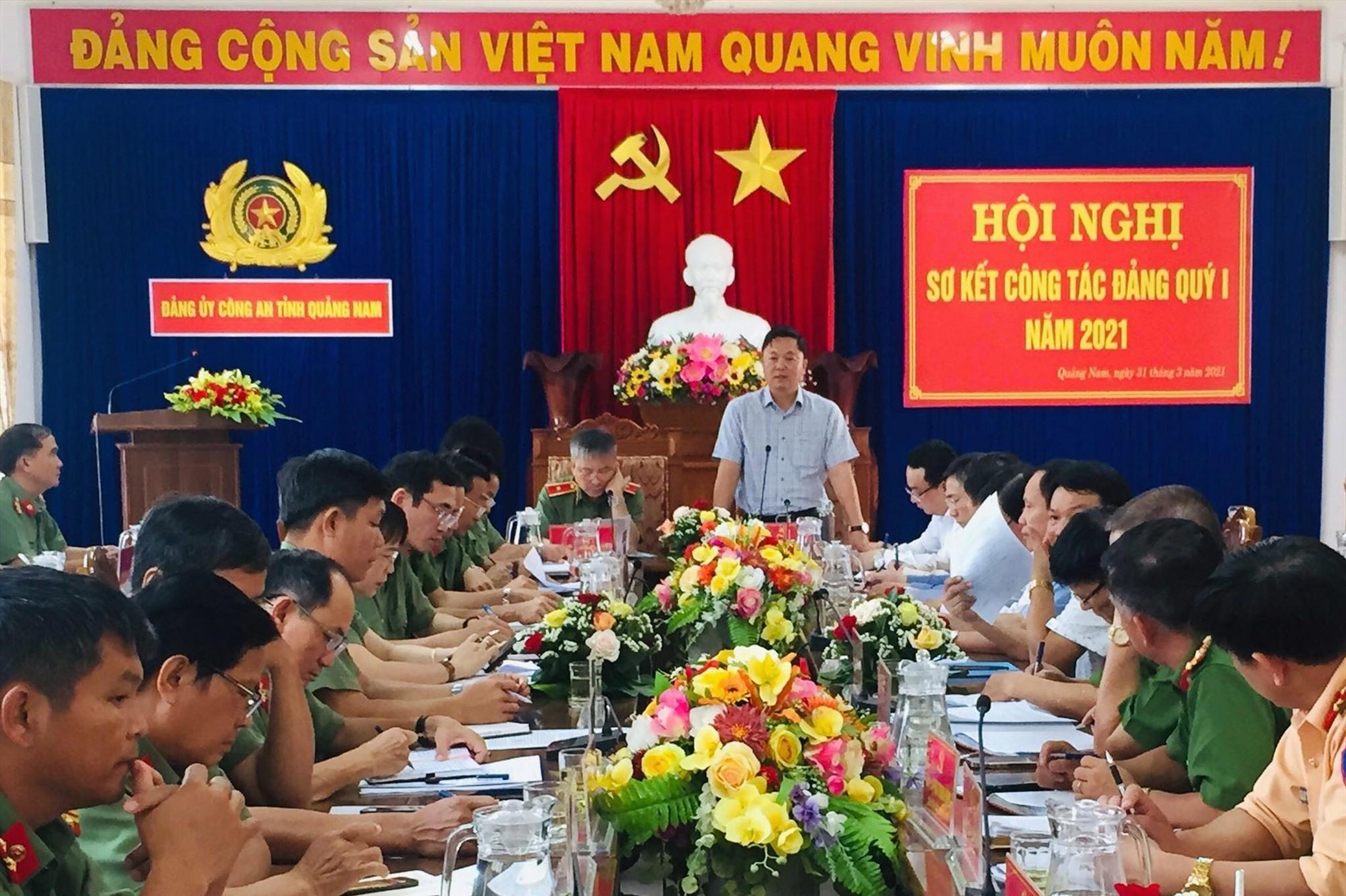 Đồng chí Lê Trí Thanh, Phó bí thư Tỉnh ủy, Chủ tịch UBND tỉnh phát biểu chỉ đạo tại Hội nghị.