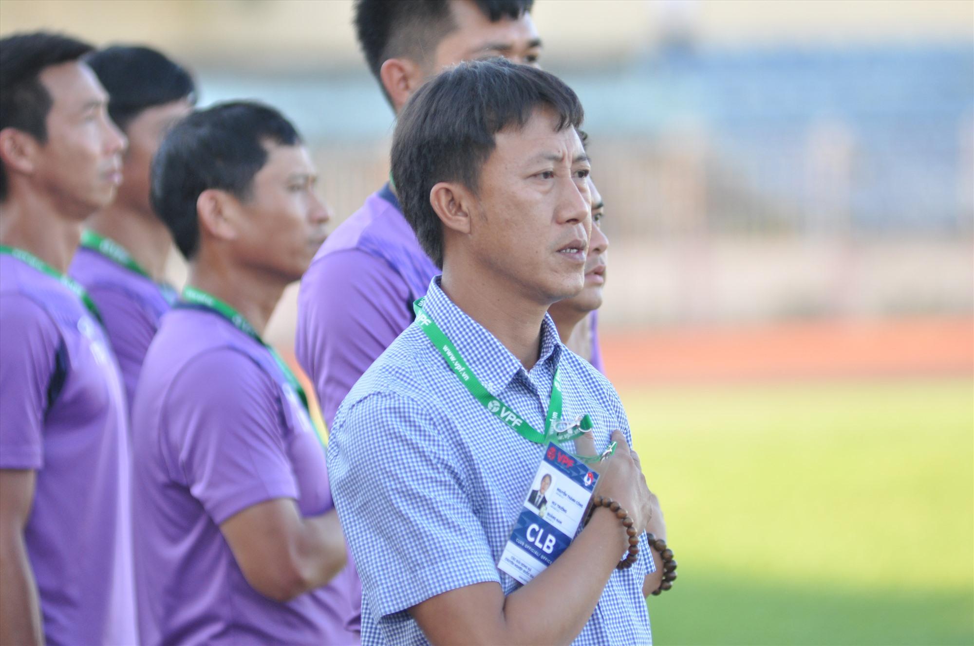 HLV Nguyễn Thành Công sớm thất bại tại Quảng Nam. Ảnh: A.NHI