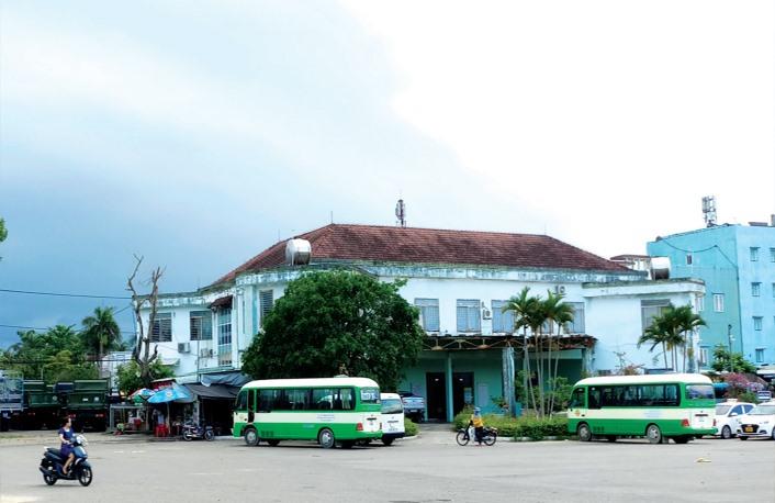 Bến xe Tam Kỳ tại phường Tân Thạnh hiện nay. Ảnh: ALĂNG NGƯỚC