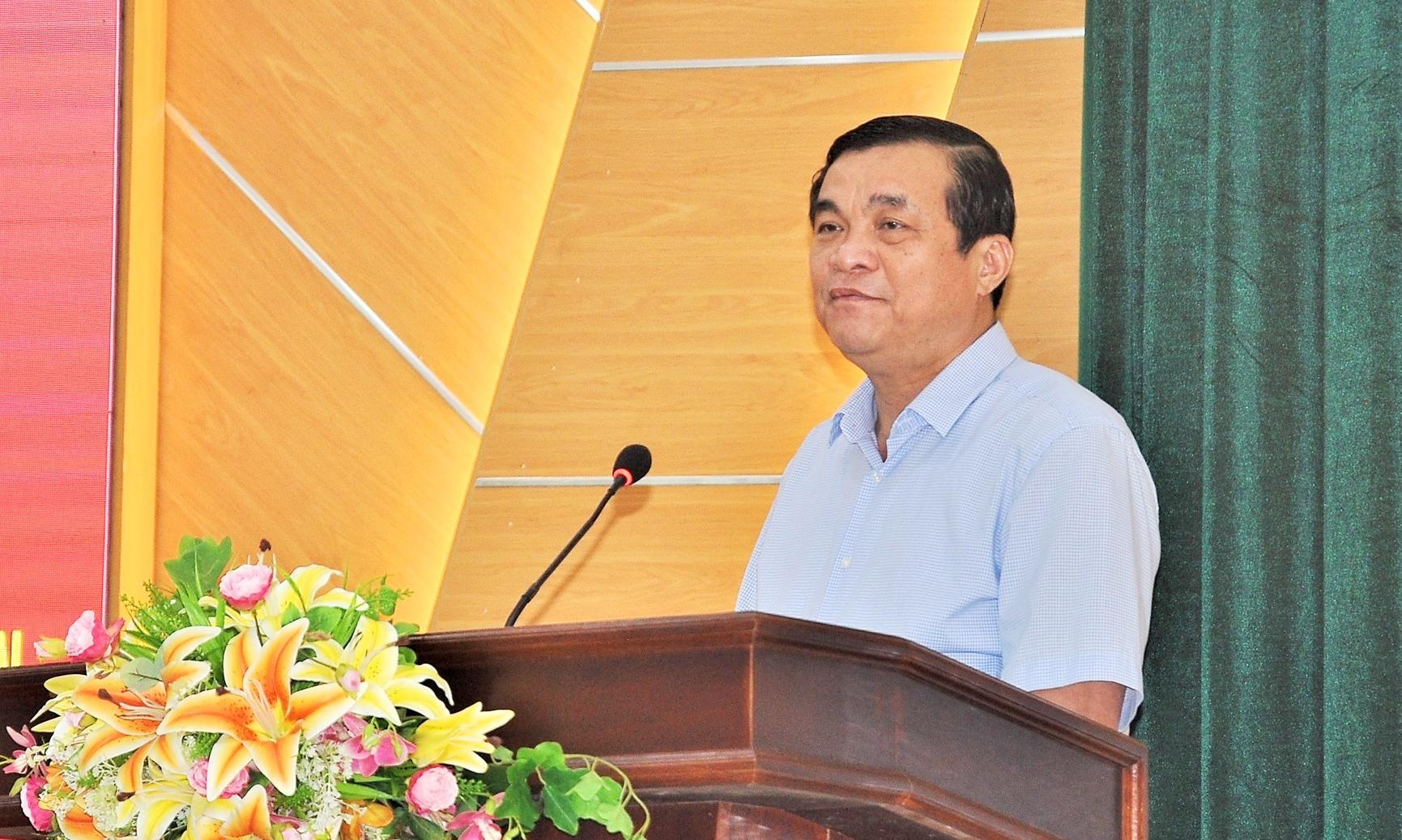 Bí thư Tỉnh ủy, Chủ tịch HĐND tỉnh Phan Việt Cường phát biểu tại hội nghị. Ảnh: VINH ANH