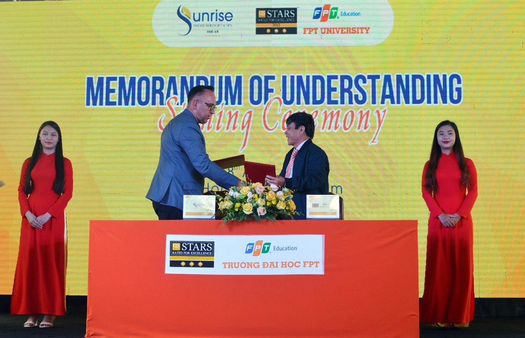 Ký kết biên bản hợp tác, đào tạo nhân sự giữa trường FPT với các doanh nghiệp du lịch Quảng Nam