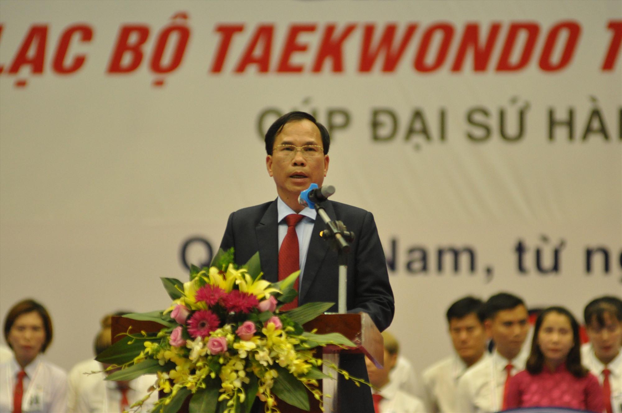 Giám đốc Sở VH-TT&DL Nguyễn Thanh Hồng phát biểu khai mạc giải. Ảnh: T.V