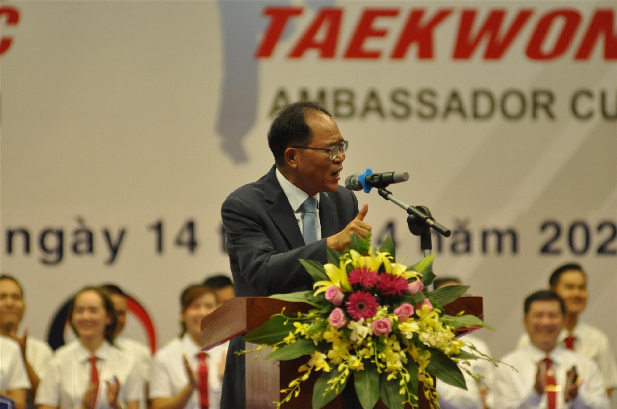 Đại sứ đặc mệnh toàn quyền Đại Hàn Dân quốc tại Việt Nam ông Park Noh wan phát biểu. Ảnh: T.V