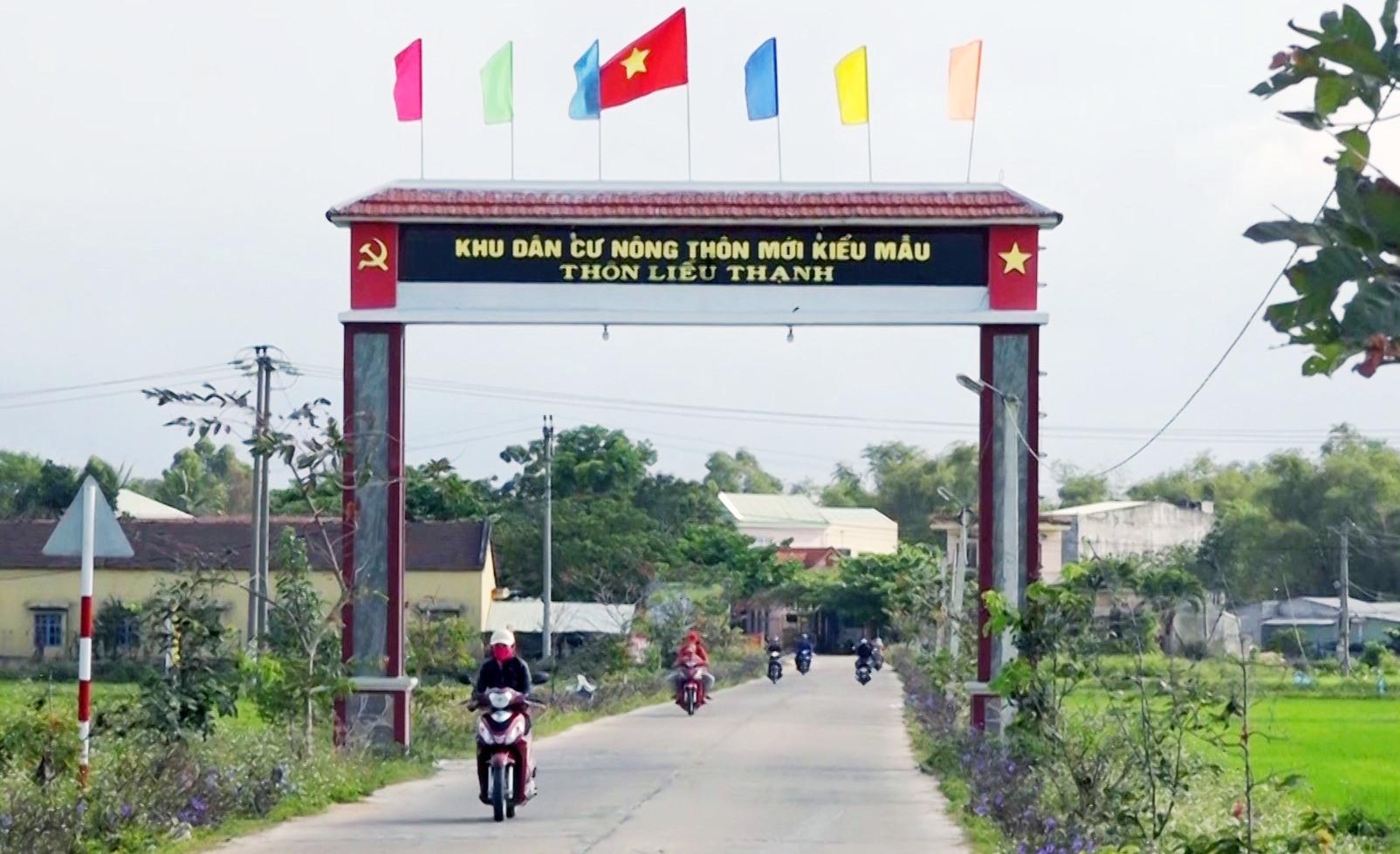 hăng Bình quan tâm đầu tư các tuyến đường ĐH đạt chuẩn, tạo thuận lợi cho việc đi lại, vận chuyển nông sản của người dân. Ảnh M.T