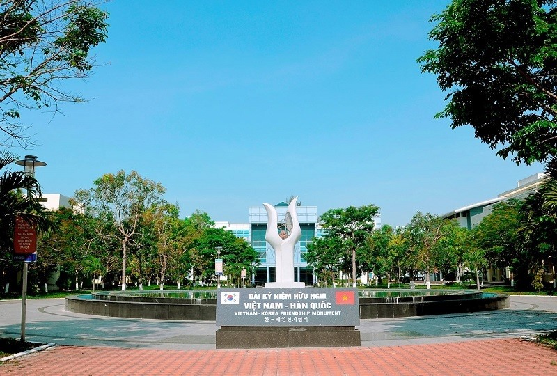 VKU là trường ĐH thành viên của ĐHĐN, một học hiệu vươn tầm quốc tế.