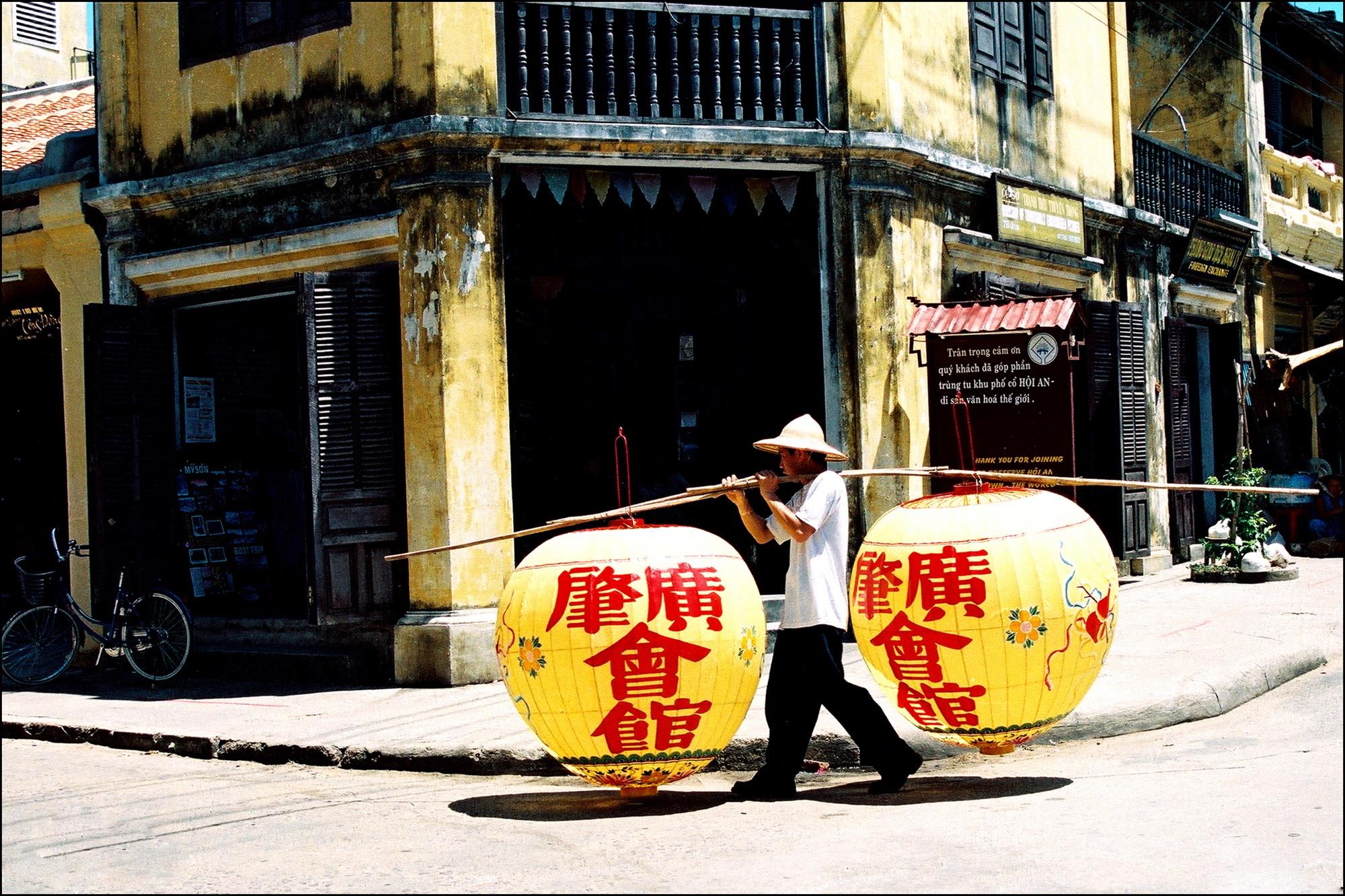 """Tác phẩm """"Hội An trong ký ức"""" của Dương Phú Tâm."""