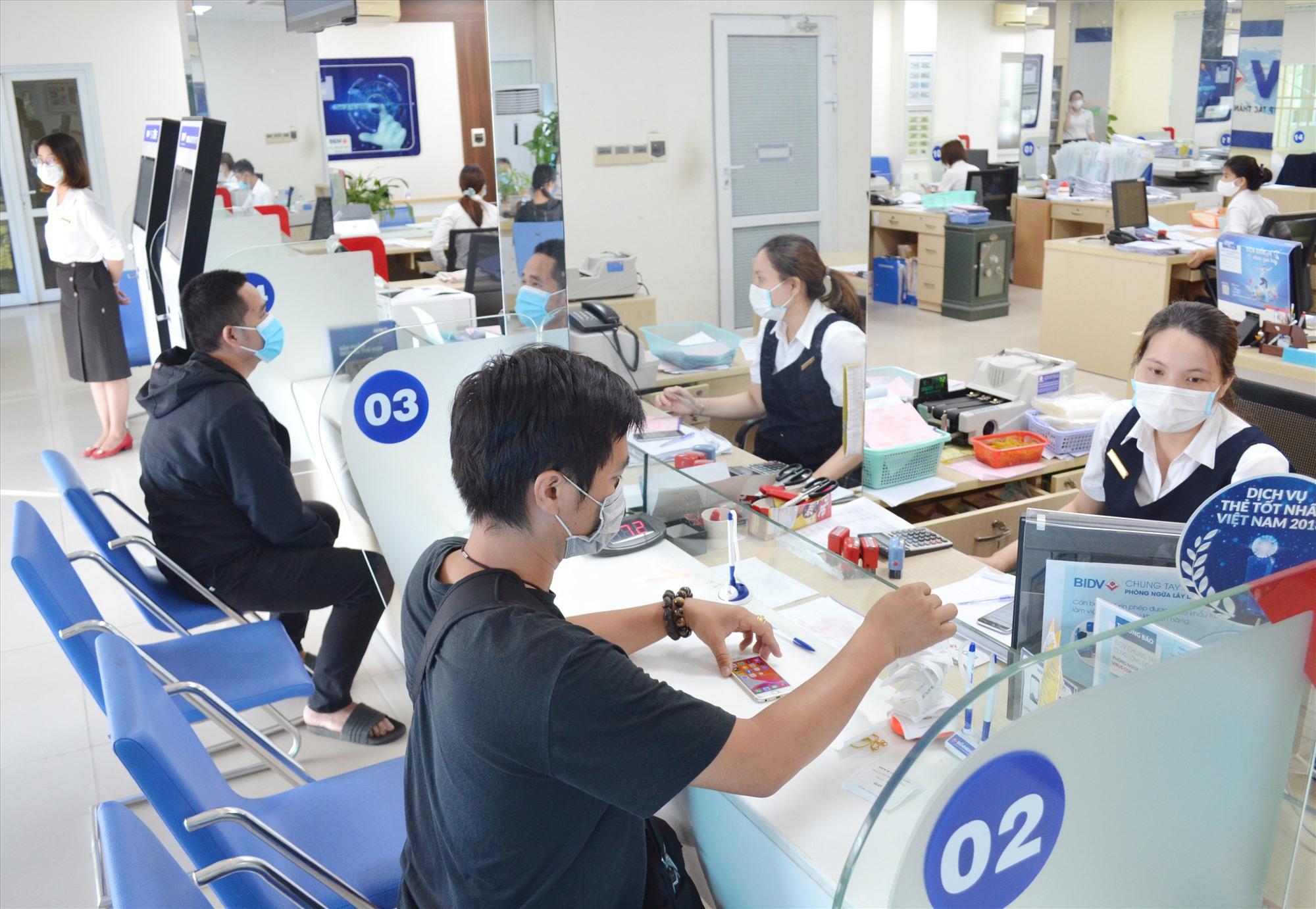 BIDV chi nhánh Quảng Nam đang tập trung các giải pháp để hạn chế dòng tiền đổ vào bất động sản. Ảnh: VIỆT NGUYỄN