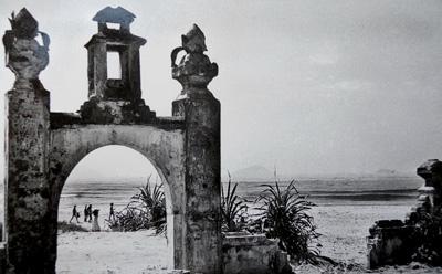 - Dấu tích Đại Chiêm hải khẩu thời vương quốc Champa tại Cửa Đại - Hội An.