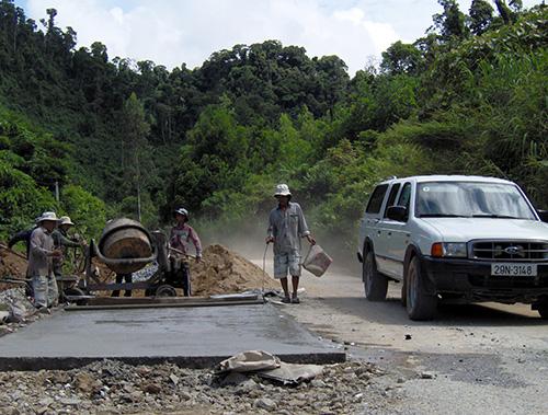 Trên tuyến ĐT611 qua địa bàn Nông Sơn có 400m mặt đường được bê tông hóa trong dịp này.
