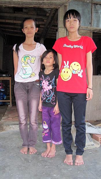 Ba chị em Phương, Dung và Thảo. Ảnh: P.T