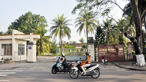 Trường ĐH Phan Châu Trinh đang đối mặt với hàng loạt khó khăn.Ảnh: X.PHÚ